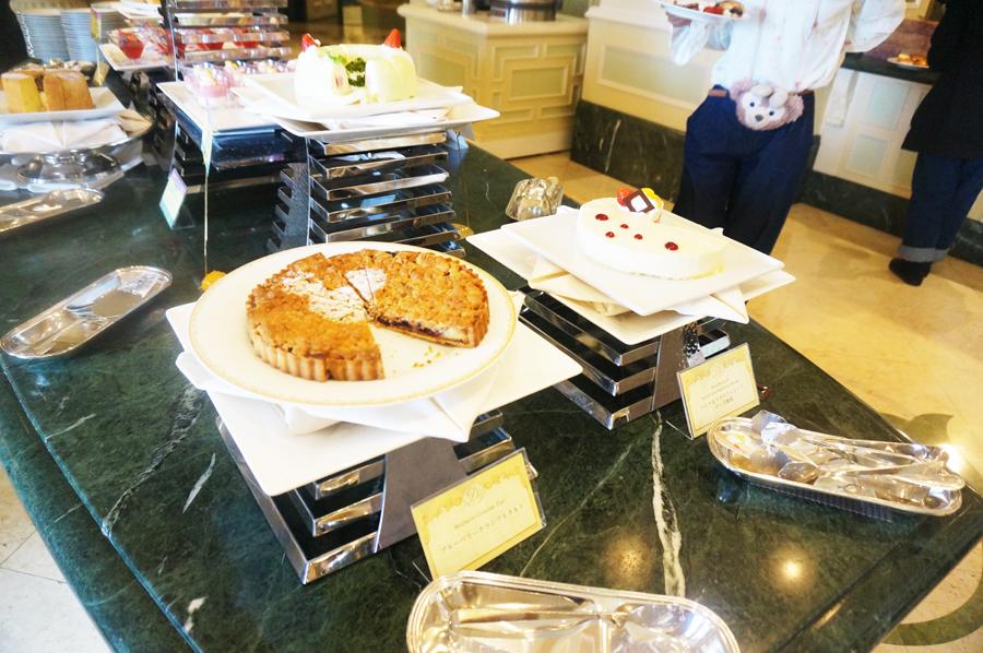 シャーウッドガーデンレストランのケーキ