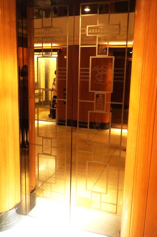 ディズニーアンバサダーホテルのエレベーター