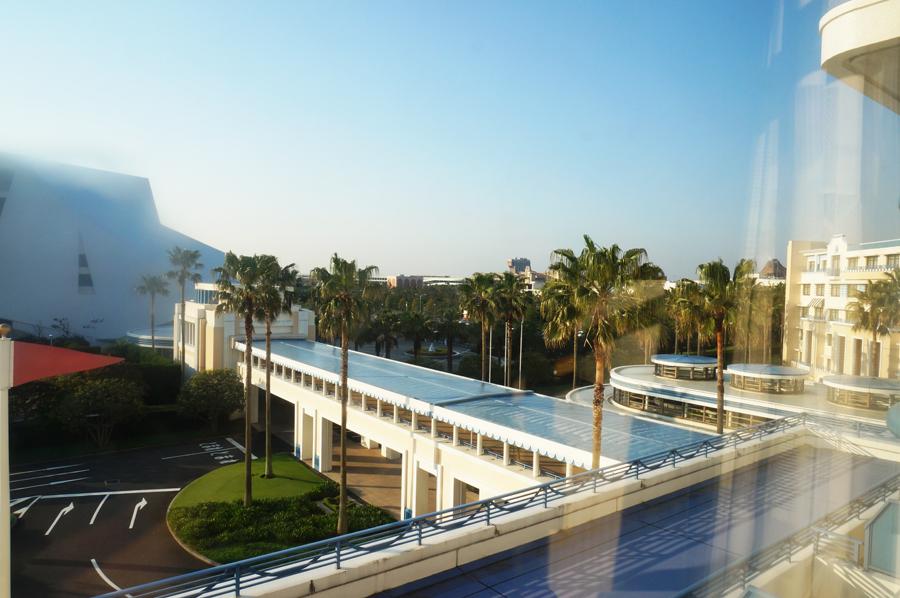 ディズニーアンバサダーホテルスタンダードルームイースターの景観