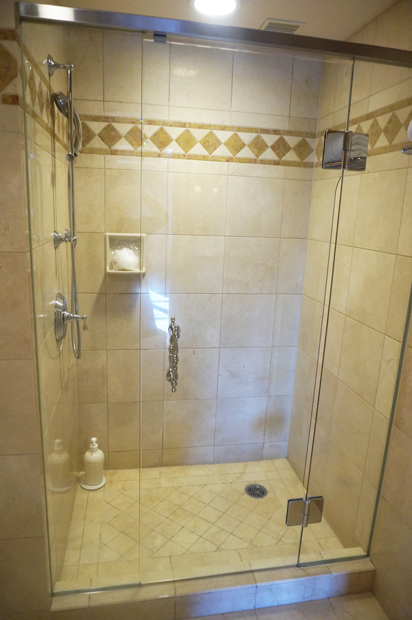 ミラコスタスイートのバスルーム