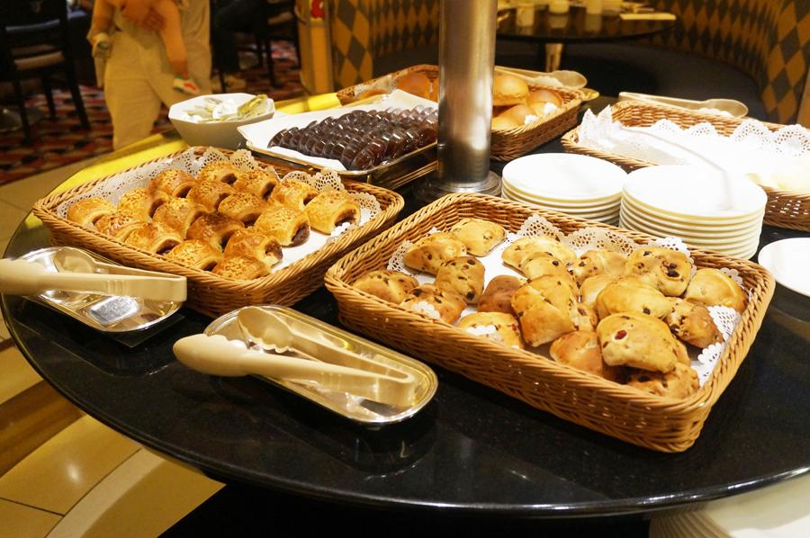 シェフミッキーの朝食ブッフェメニュー