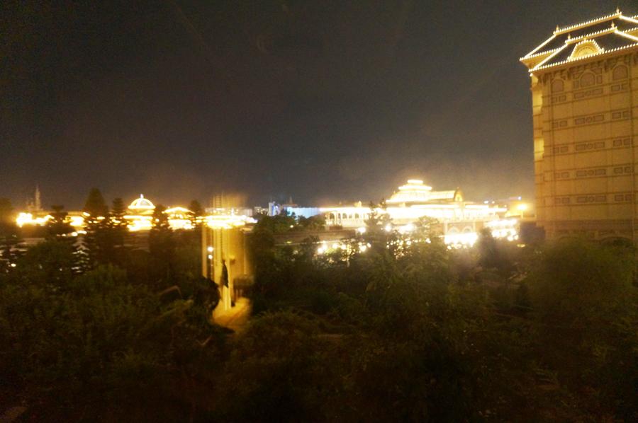 ディズニーランドホテルスタンダードスーペリアアルコーヴルームパークビュー