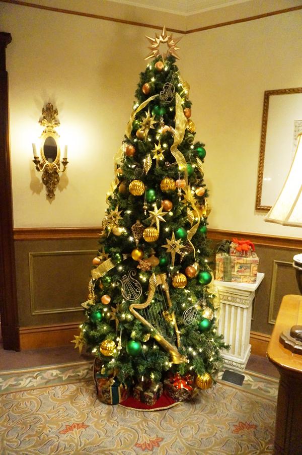 サローネ・デッラミーコのクリスマスツリー