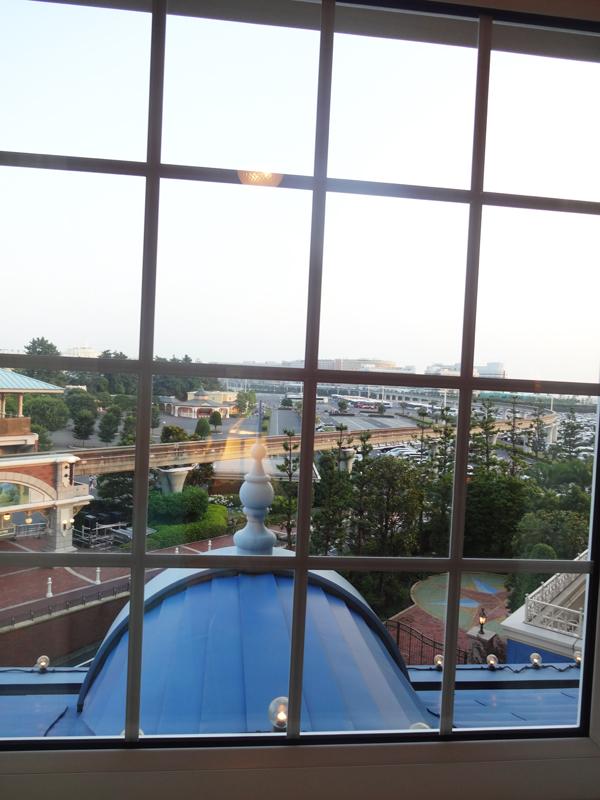 ディズニーランドホテルコンシェルジュタレットルームからの眺め