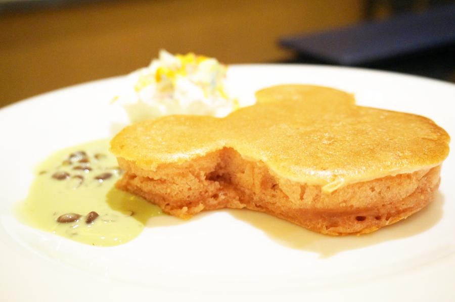 シェフミッキー桜のパンケーキ