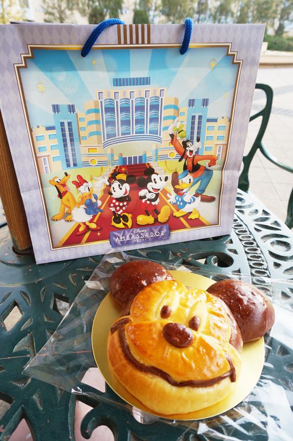 チックタックダイナーのミッキーマウススペシャルブレッド