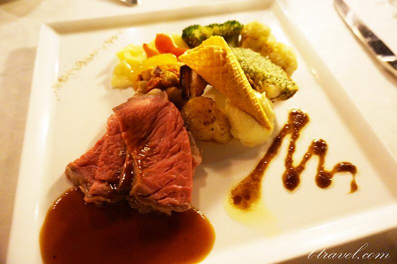 ブルーバイユーレストランの35周年スペシャルメニュー