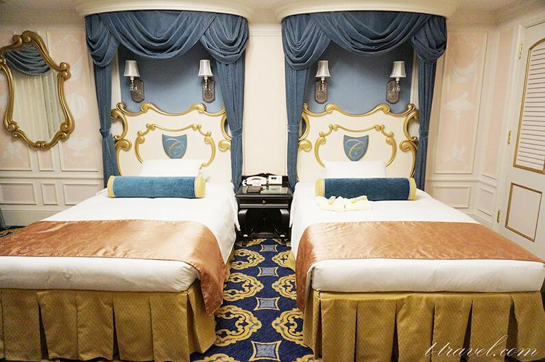 ディズニーランドホテルのシンデレラルームを紹介作品の世界が広がる