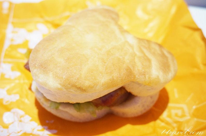 トゥモローランドテラスのメニューを紹介。ハンバーガーがおいしいよ