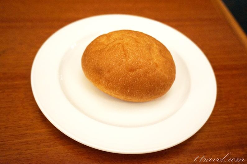 イーストサイドカフェのパン