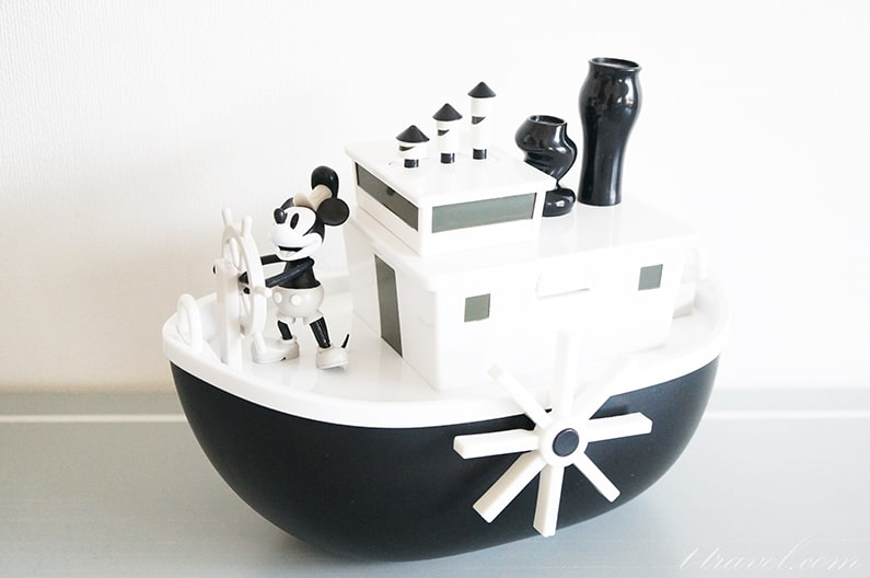蒸気船ウィリーのミッキーのポップコーンバスケット。おもちゃつき!