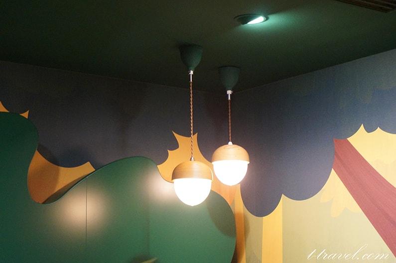 アンバサダーホテルのチップとデールのプレイグラウンド。かわいい子供の遊び場!